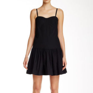MARC  MARC JACOBS FLOUNCY SHIFT DRESS BLACK SZ 10
